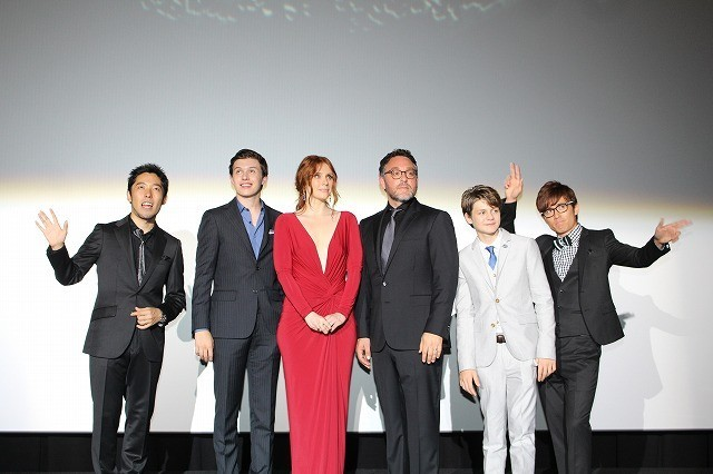 「ジュラシック・ワールド」ジャパンプレミアでキャスト&監督が世界PRを完遂