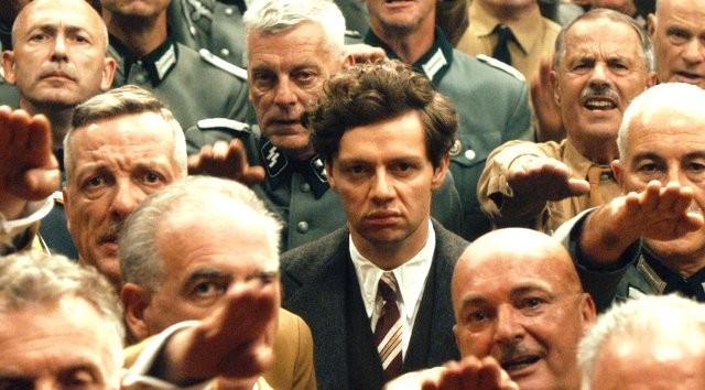 「ヒトラー暗殺、13分の誤算」場面写真