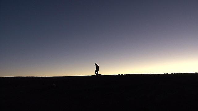 南米ドキュメンタリーの巨匠の映像美を堪能する2部作「光のノスタルジア」「真珠のボタン」予告編