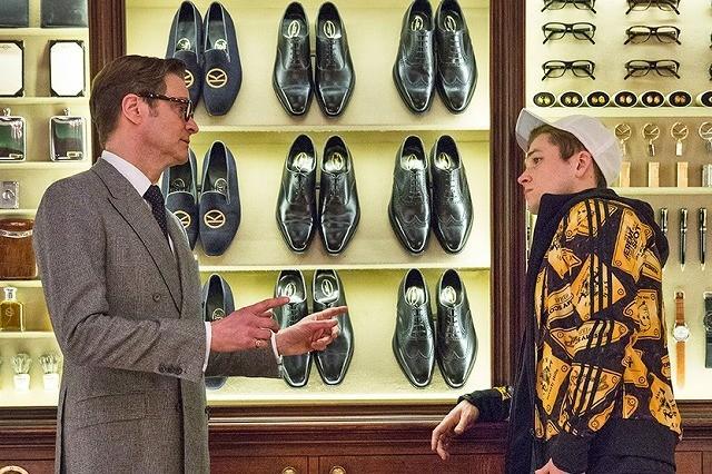 高級スーツ店にスパイガジェットが陳列!?「キングスマン」本編映像公開