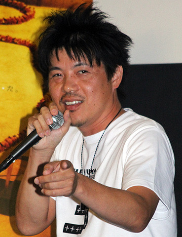 """「ムカデ人間3」出演の北村昭博、ファンと""""つながり""""満足げ「ムカデ誇らしい」"""