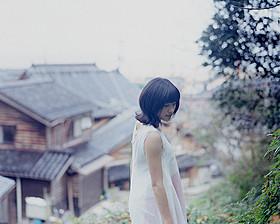 土屋太鳳のみずみずしい姿を収めた 「まれ」写真集が発売「ホノカアボーイ」