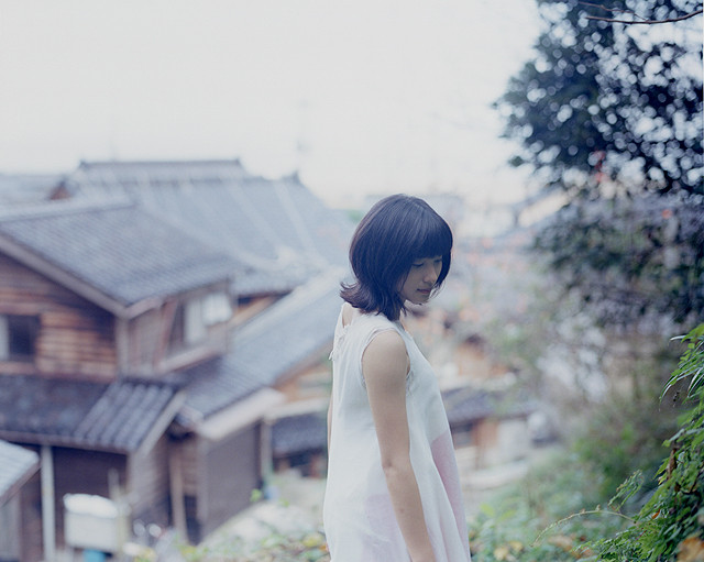 能登や横浜で撮影された土屋太鳳がみずみずしい「まれ」写真集発売