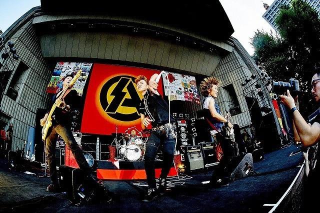 ロックバンド「SA」のライブが映画化!クラウドファンディングで資金調達目指す