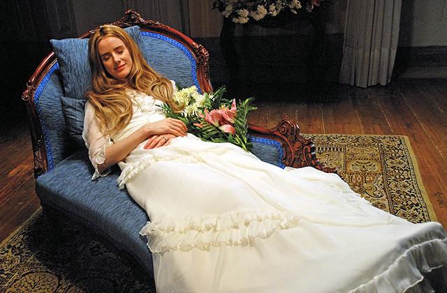 夭折の美女に魅了される マノエル・デ・オリベイラ監督作「アンジェリカの微笑み」予告公開