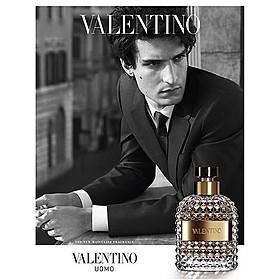 香水「ヴァレンティノ ウォモ」のモデルを務める「ドリーマーズ」