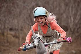 女の子だって自転車で爆走「ターボキッド」