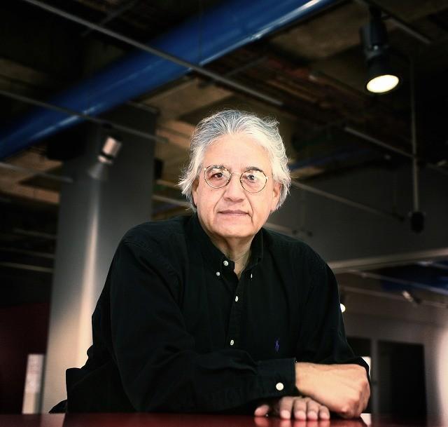 「光のノスタルジア」チリのドキュメンタリー作家に、巨匠F・ワイズマンが聞く