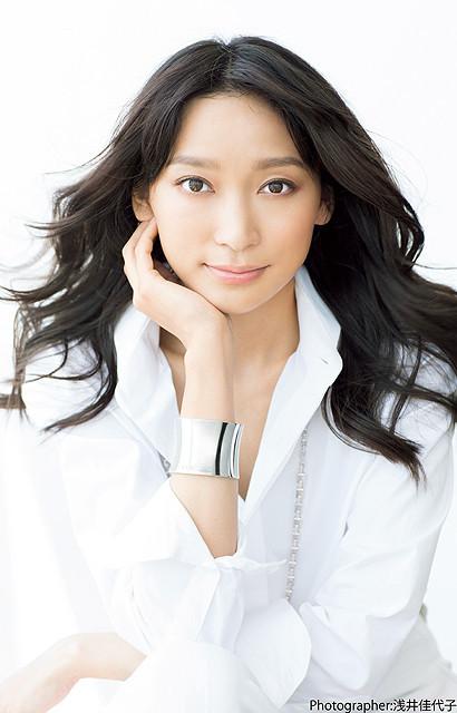 杏、映画初主演!アマチュアオーケストラで指揮棒を振る「オケ老人!」