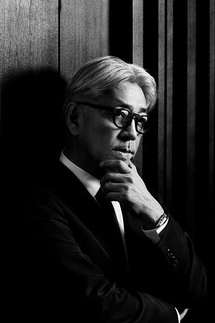「レヴェナント 蘇えりし者」の 音楽作曲を手がける坂本龍一
