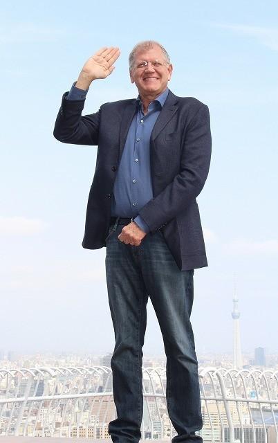 R・ゼメキス監督「バック・トゥ・ザ・フューチャー」デイ迎えマーティ&ドクに忠告「時空をいじるな」