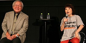 「機動戦士ガンダム」に携わった 当時を振り返った安彦良和総監督(左)「機動戦士ガンダム THE ORIGIN I 青い瞳のキャスバル」