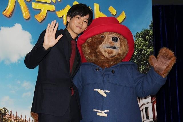 松坂桃李、紳士なクマ・パディントンにメロメロ「とにかく可愛い」