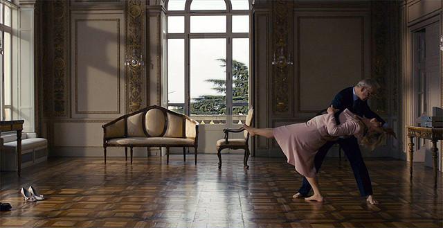 トニ・セルビッロ主演「ローマに消えた男」エレガントなタンゴシーン公開