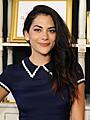 MTVドラマ「アンダーエンプロイド」のインバー・ラビ、主演ドラマで魅惑の女詐欺師に