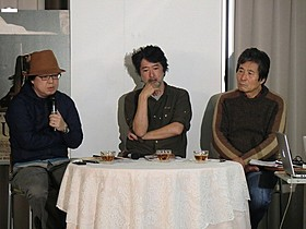 (右から)小栗康平監督、 美術家の会田誠氏、美術批評家の椹木野衣氏「FOUJITA」
