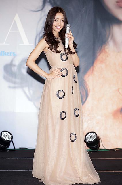 池端レイナ、台湾で歌手デビュー 「日本との架け橋に」願い込めた楽曲披露