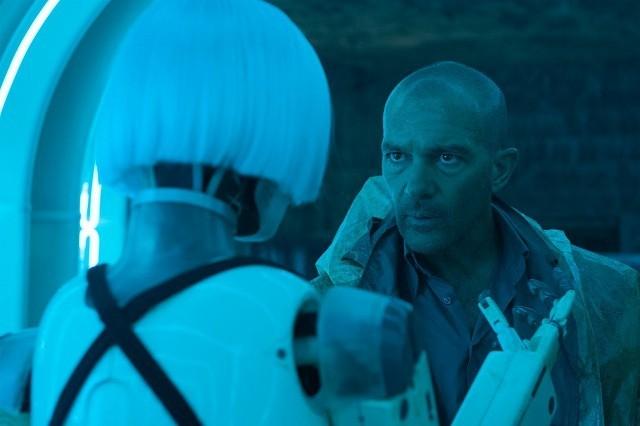 A・バンデラスが本格SF映画に初挑戦「オートマタ」16年3月公開決定