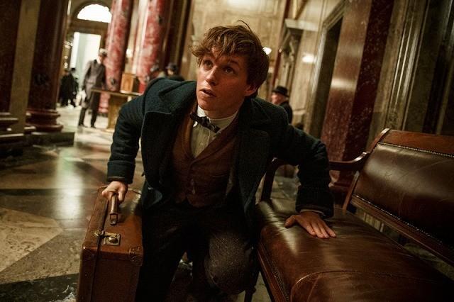 ハリー・ポッターの次はこの人!エディ・レッドメインの魔法使い姿がお披露目