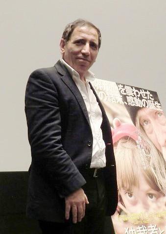 モフセン・マフマルバフ監督、「映画人は人の痛みと夢を語るもの」