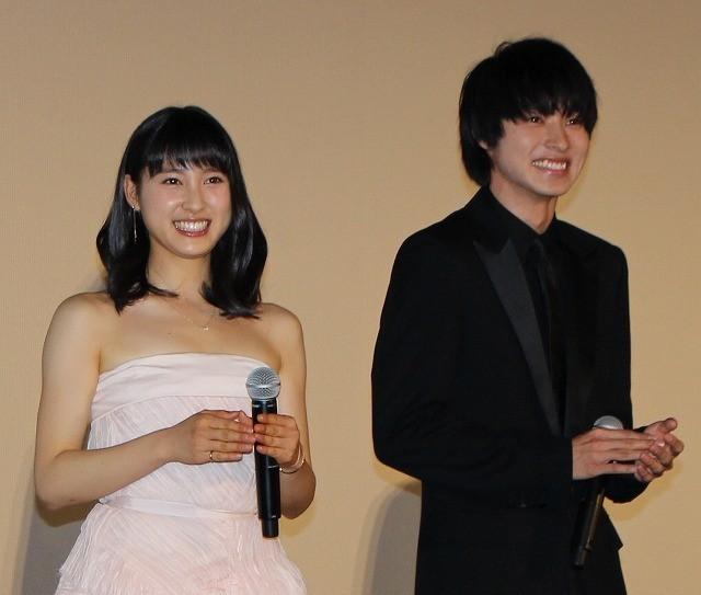土屋太鳳&山崎賢人「orange 」クランクイン前に未来のお互いに宛てた手紙に感激!