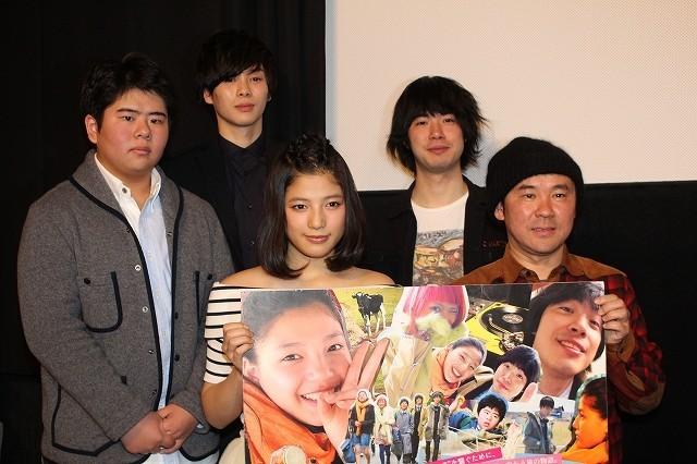 「E-girls」石井杏奈、ひたむきな被災者とらえた主演映画は「心にしみる言葉に注目」