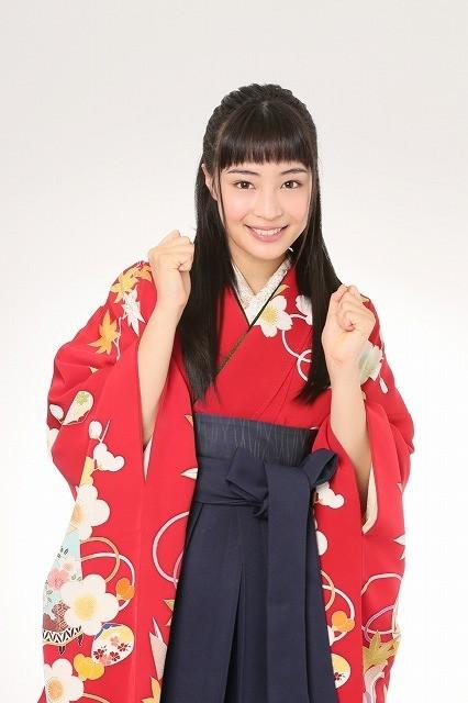 広瀬すず 東京ガールズコレクションに初出演 ちはやふる の袴姿で