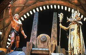 「マスターズ 超空の覇者」(87)場面写真「ターミネーター4」