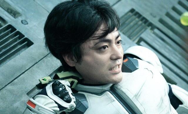 山田孝之がテラフォーマーと一騎打ち!「テラフォーマーズ」CG未完成の特別映像公開
