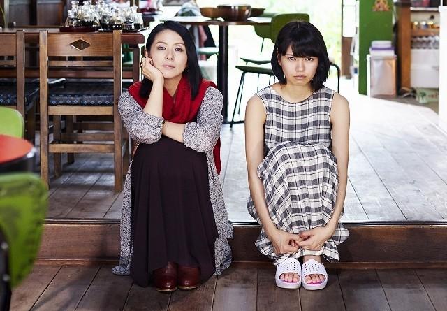 小泉今日子&二階堂ふみ、取っ組み合いの大ゲンカ!「ふきげんな過去」予告完成