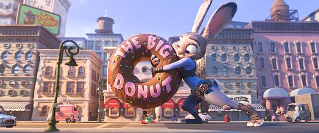 小さなウサギのジュディがなぜか巨大化?「ズートピア」本編クリップ映像公開