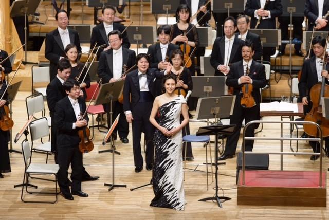松嶋菜々子、NHK交響楽団とコラボ!公演でナレーション参加