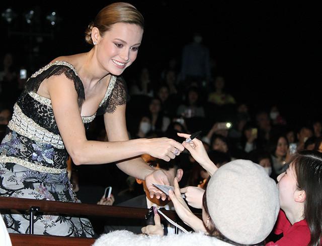 オスカー女優ブリー・ラーソン、日本で受賞後初のファンとの交流に歓喜「最高の歓迎」