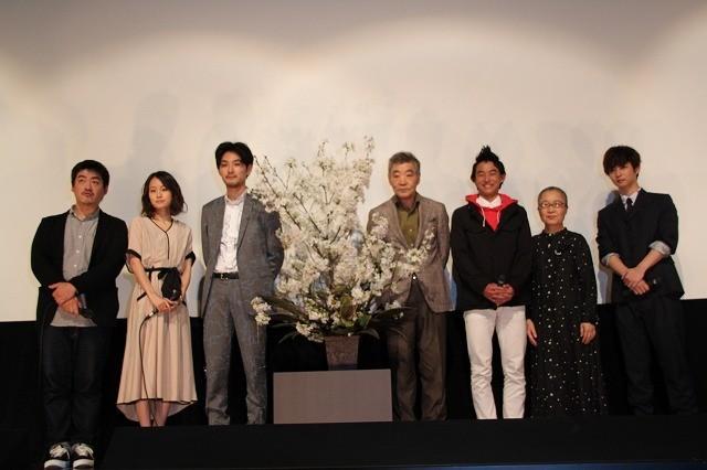 松田龍平、初共演・柄本明との親子役は「やり辛かった」けど幸せ - 画像6