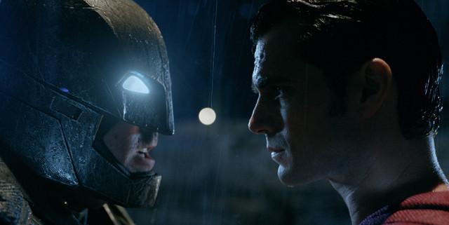 【全米映画ランキング】「バットマン vs スーパーマン」が歴代7位のオープニング興収でデビュー
