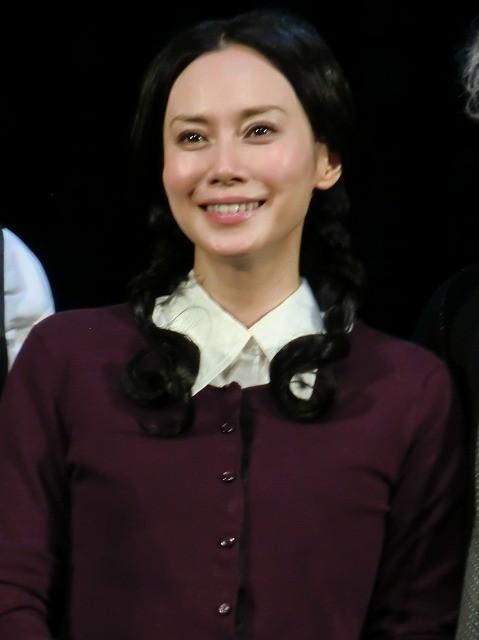 中谷美紀が妻、愛人、愛人の娘の1人3役「魂を込めて演じたい」 舞台「猟銃」再演