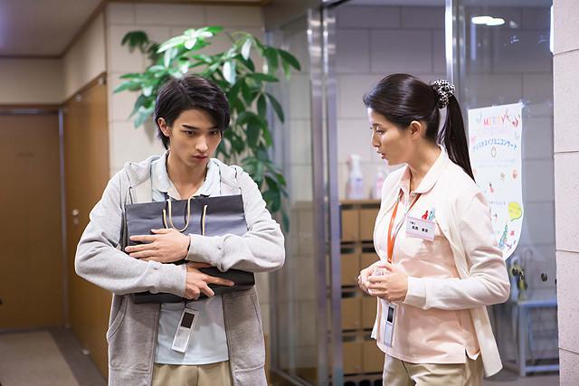 橋本マナミ、介護士役で映画初主演 横浜流星と共演「イブの贈り物」7月2日公開
