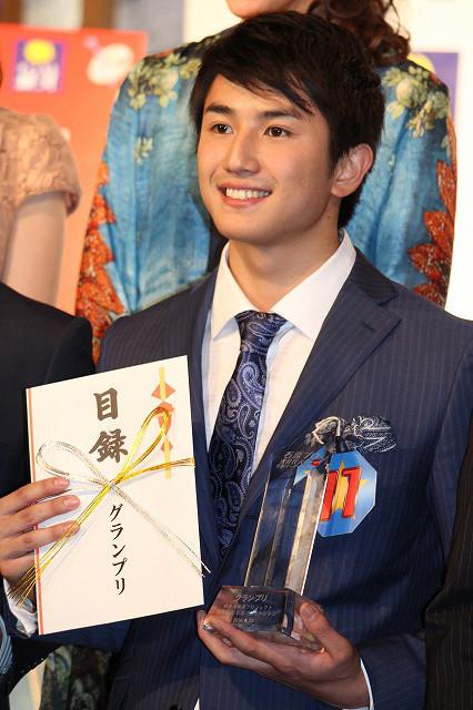 石原プロオーディション、グランプリは20歳・神田穣!舘ひろし&神田正輝がエール