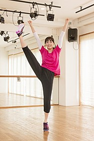 クランクインに備えトレーニングに励む広瀬すず「チア☆ダン 女子高生がチアダンスで全米制覇しちゃったホントの話」