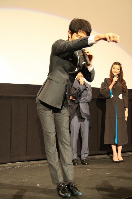 鈴木亮平、変態仮面は日本代表ヒーローと力説「HEROはHとエロで出来ている」 - 画像9