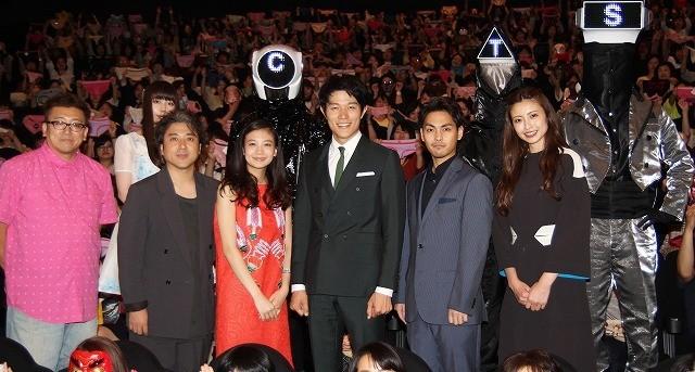 鈴木亮平、変態仮面は日本代表ヒーローと力説「HEROはHとエロで出来ている」