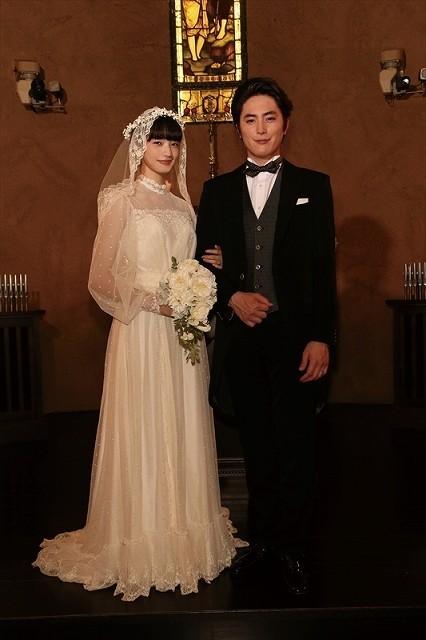 小松菜奈、ウエディングドレス姿を披露!ドラマ版「高台家の人々」場面写真公開