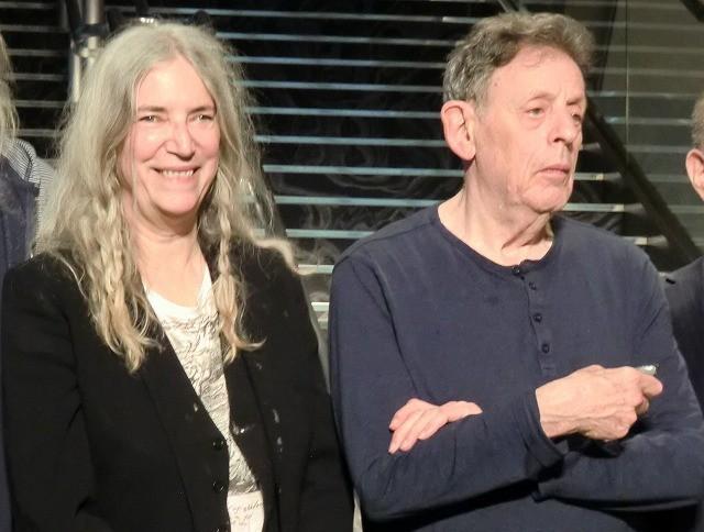 現代音楽の巨匠フィリップ・グラスが11年ぶり来日、パティ・スミスとA・ギンズバーグとの思い出語る