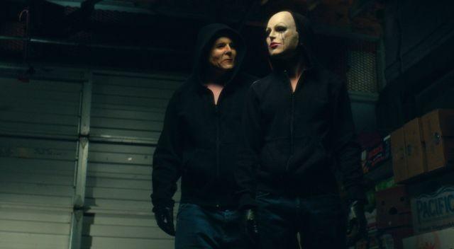 ウェス・クレイブンが最後に送り込むマスク殺人鬼「スクリーム・ガールズ」予告完成