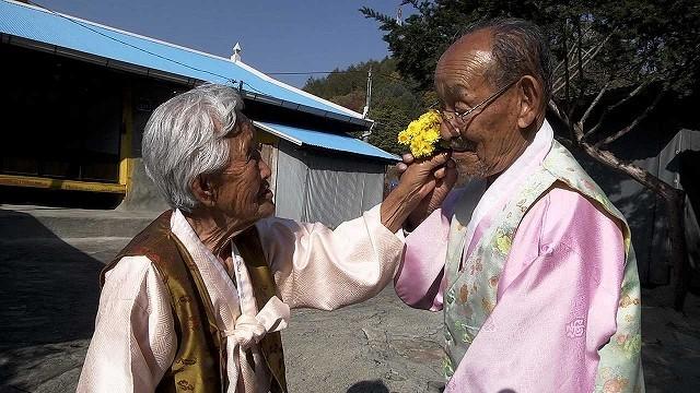 """98歳&89歳老夫婦の""""小さな幸せ""""にほっこり 大ヒットドキュメンタリー本編映像"""