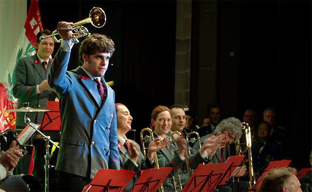 音楽大国ベルギーが吹奏楽で南北対決!?「人生は狂詩曲」迫力の演奏シーン公開
