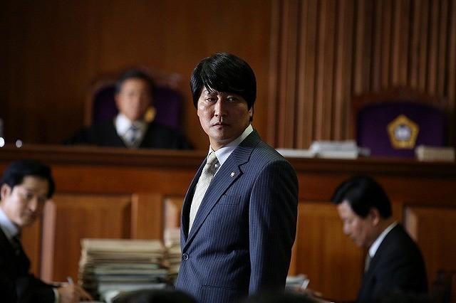韓国元大統領が弁護に挑んだ実在の冤罪事件をモチーフに描く「弁護人」、11月公開
