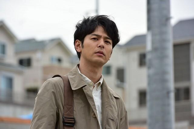 妻夫木聡演じる週刊誌記者・田中