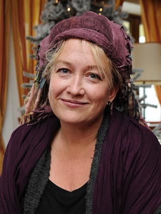 デビッド・リンチの娘、ハロウィンのホラー映画を監督
