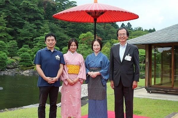 会見した(左から)横山浩之監督、 えのきさりなら、高樹澪、圓谷光昭氏